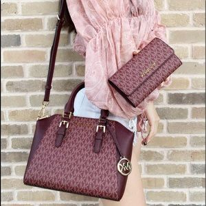 3 item SET 👜💕-Michael Kors Satchel&Wallet